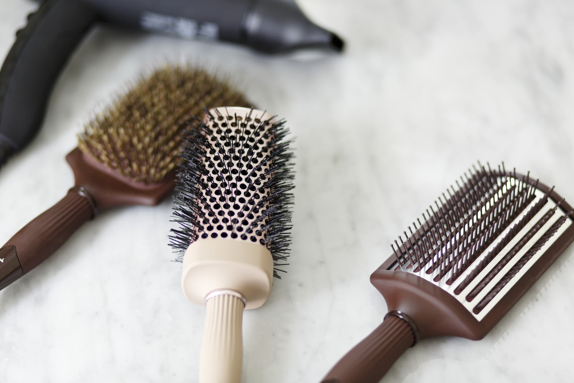 1902 hair brushes