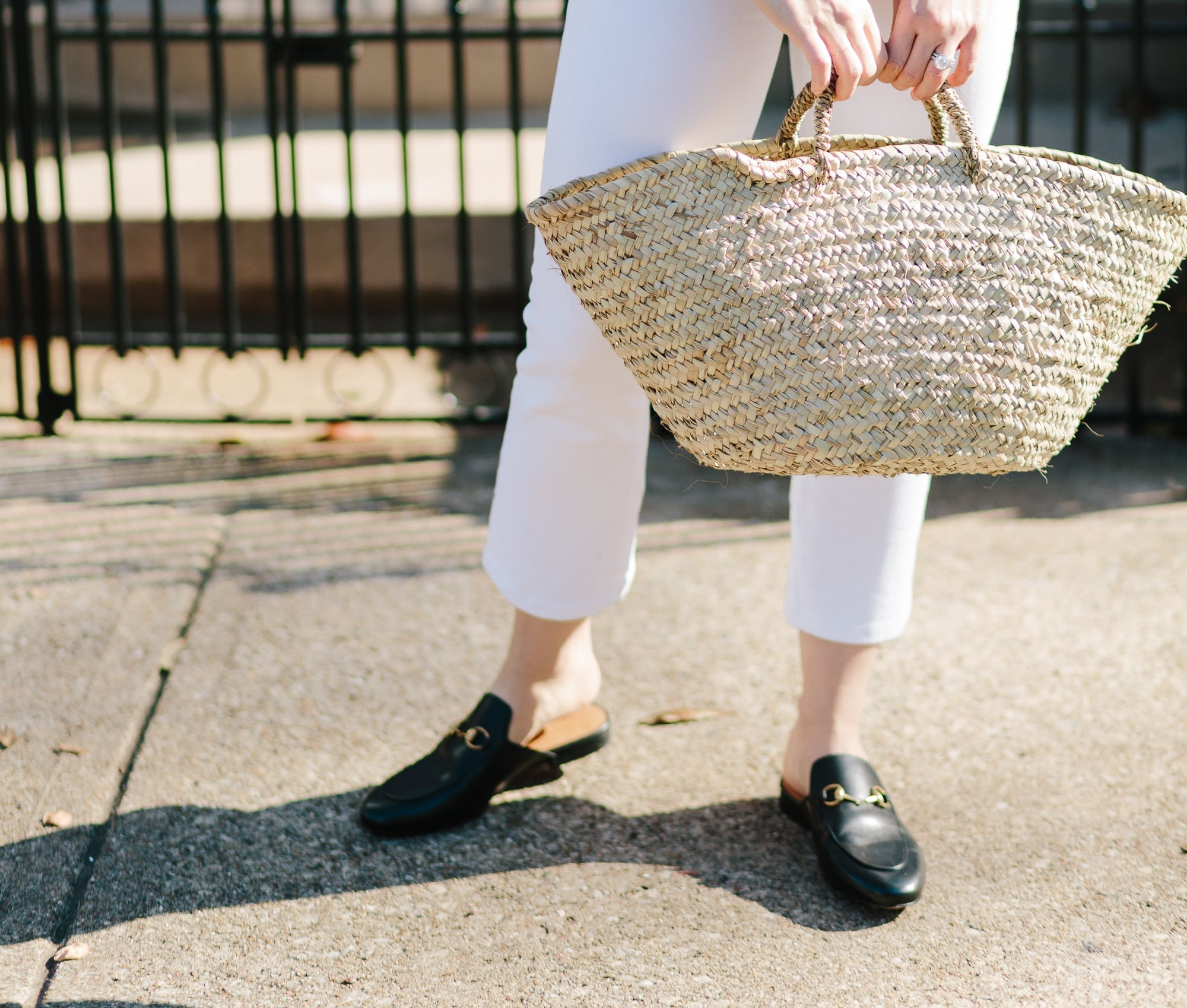 Market Tote Bag with White Jeans