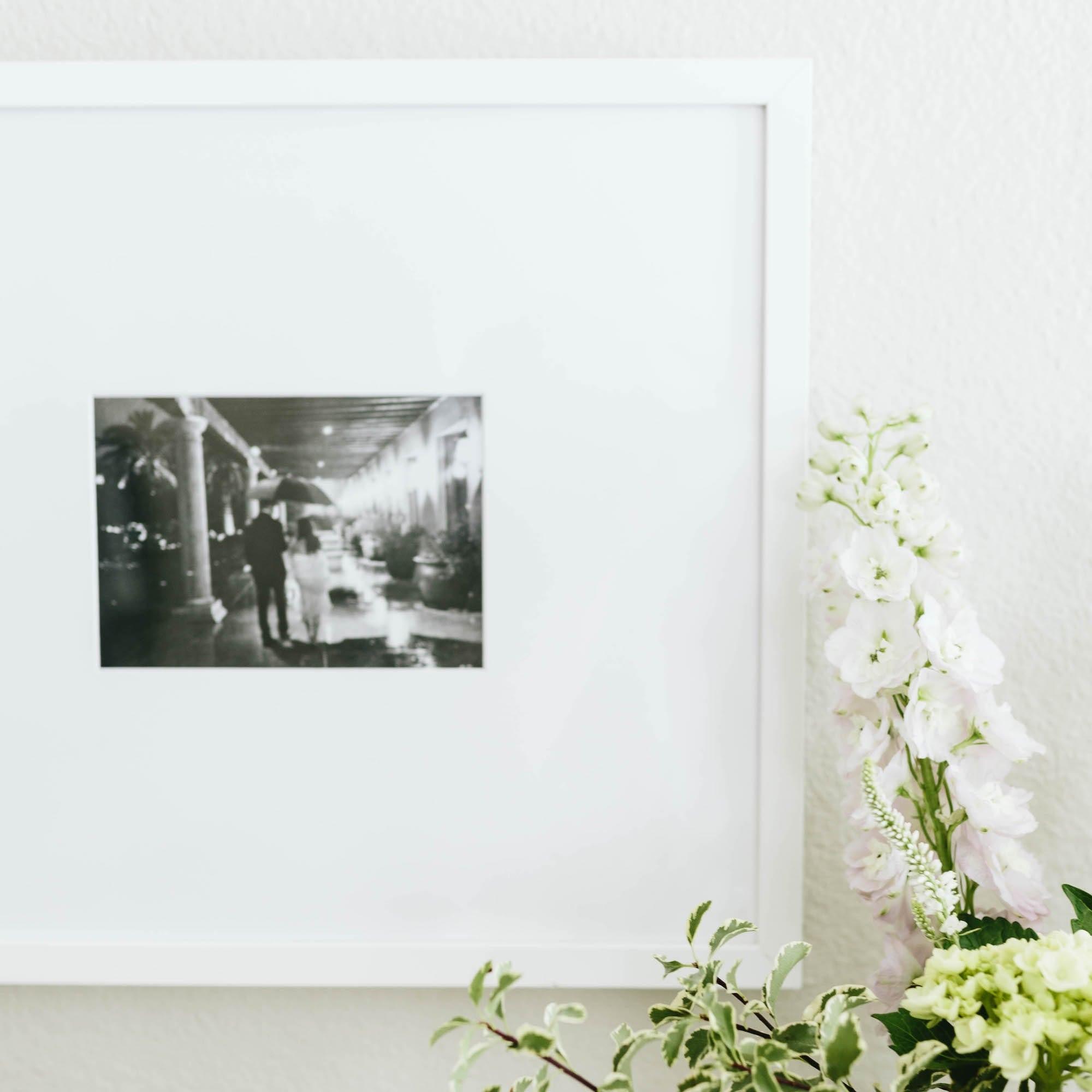 Framebridge White Frame