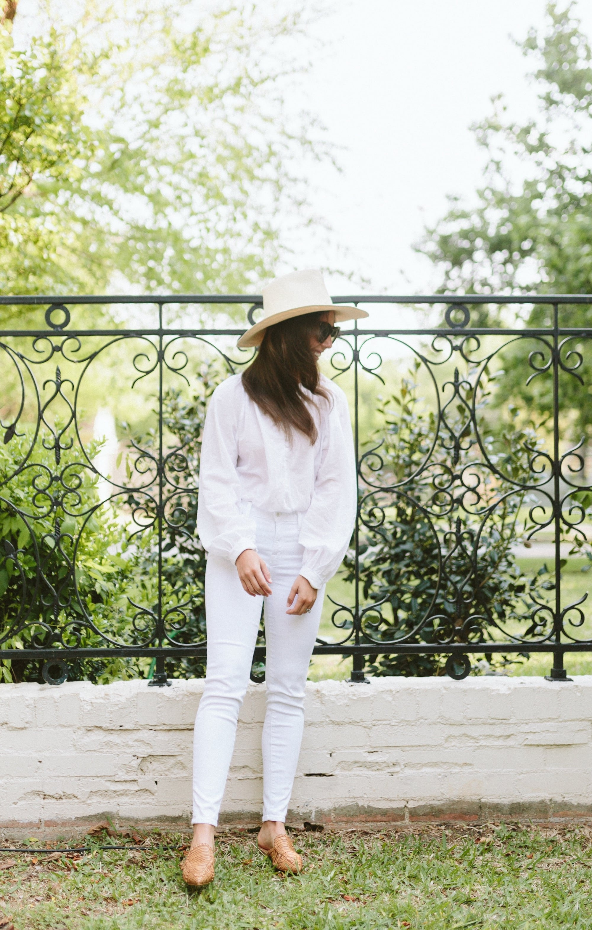 HM White Blouse with J Brand White Skinny Jeans