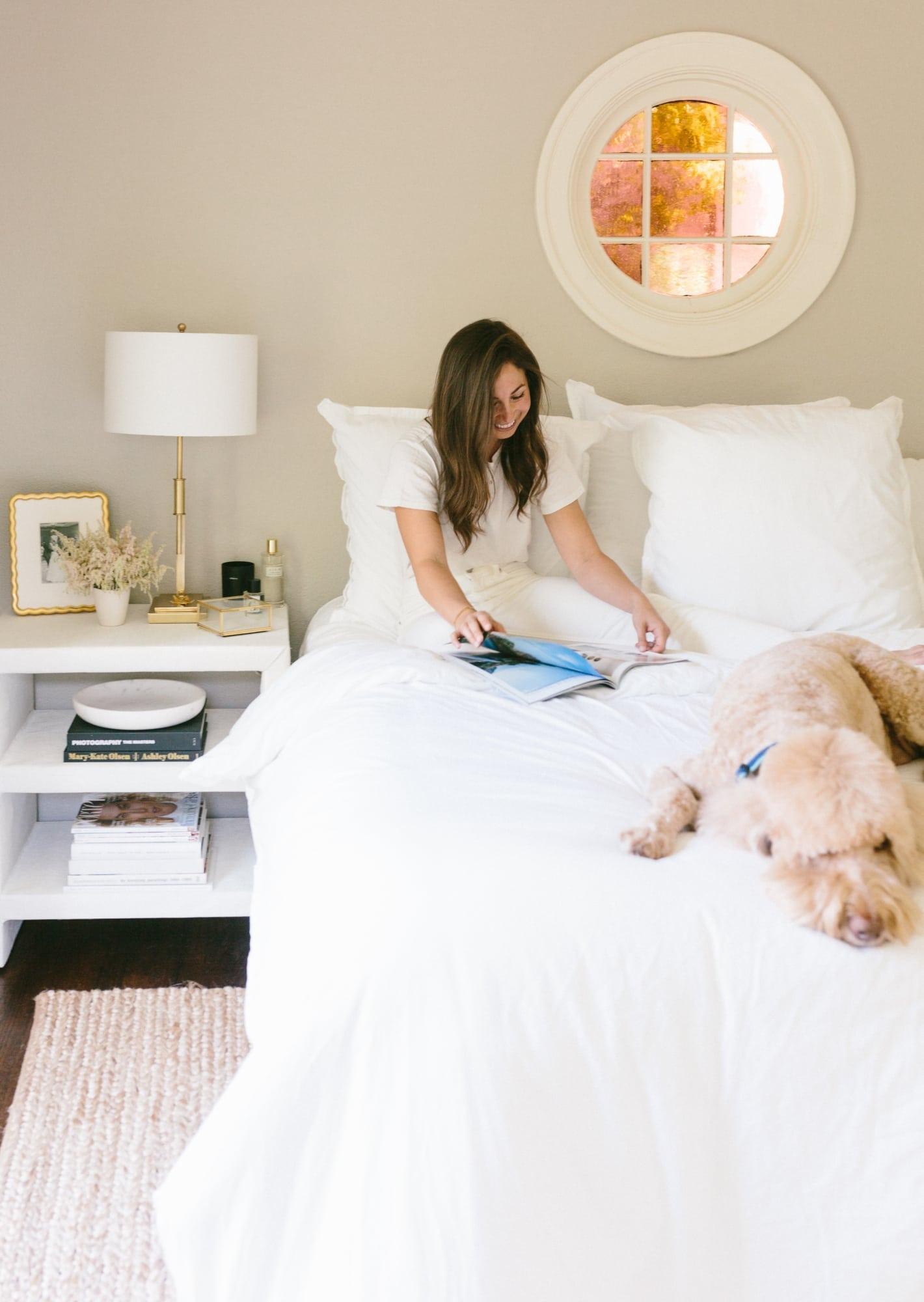 bedside bliss with the key a dash of details. Black Bedroom Furniture Sets. Home Design Ideas